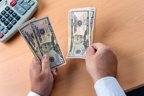 Far fewer people used cash to buy a home in the second quarter when compared with the first three-month period of the year, RealtyTrac reported recently.